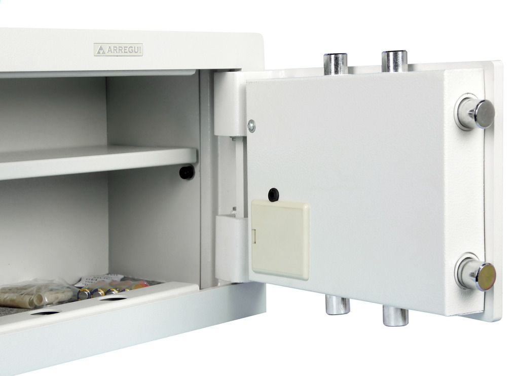 Arregui caja fuerte empotrar plus 18000w electr nica y - Caja fuerte electronica ...