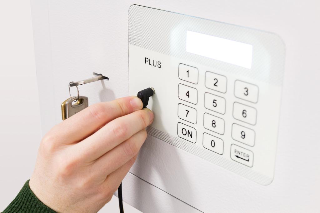 Arregui caja fuerte sobreponer plus 18000 electr nica y - Caja fuerte electronica ...